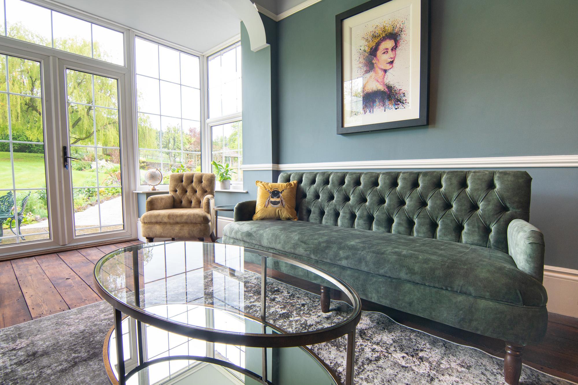 Oakhill Lounge