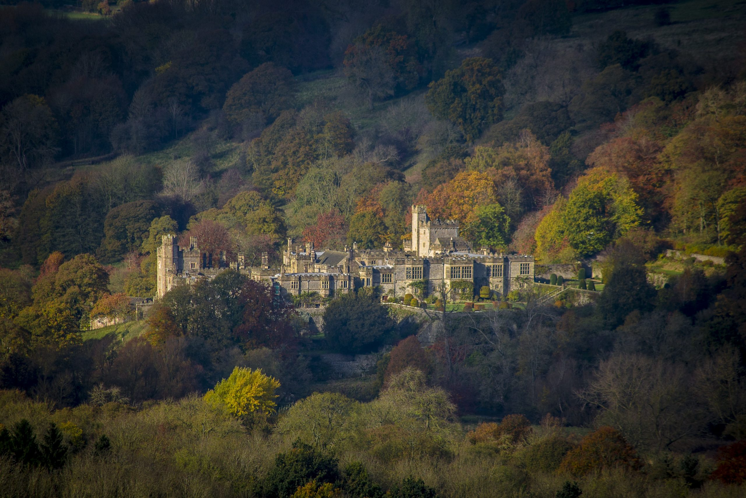 Haddon Hall by Phil Sproson Photography